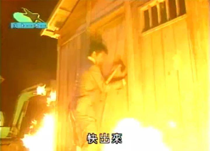 王宝强疑隔空喊话马蓉:把老实人逼到极限,别躲来面对啊!