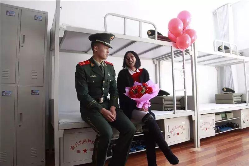 黄晓明献独家私藏,炫耀儿子正面照大鼻子,网友:这都值得炫耀?