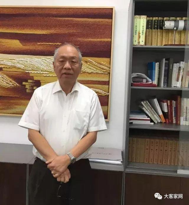 一个土生土长的北京人:上了中国第三的学校才知道,读书无用论都是骗人的!