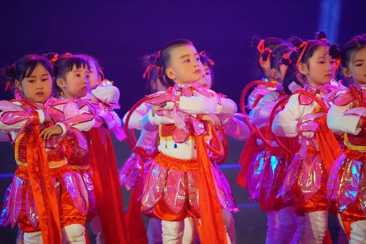 孟津戏曲进校园,这里的孩子结戏缘,来看看精彩场面吧!