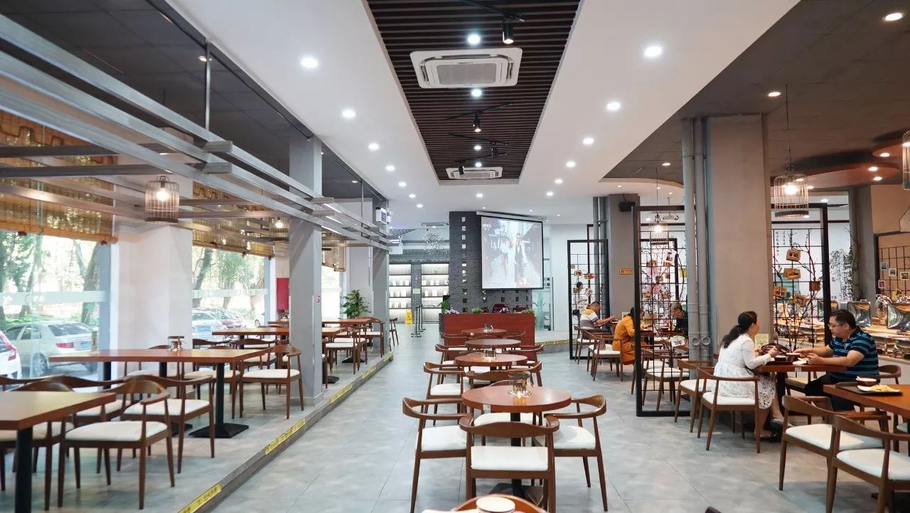 隆昌县启动跃进街片区危旧房棚户区改造项目模拟征收工作