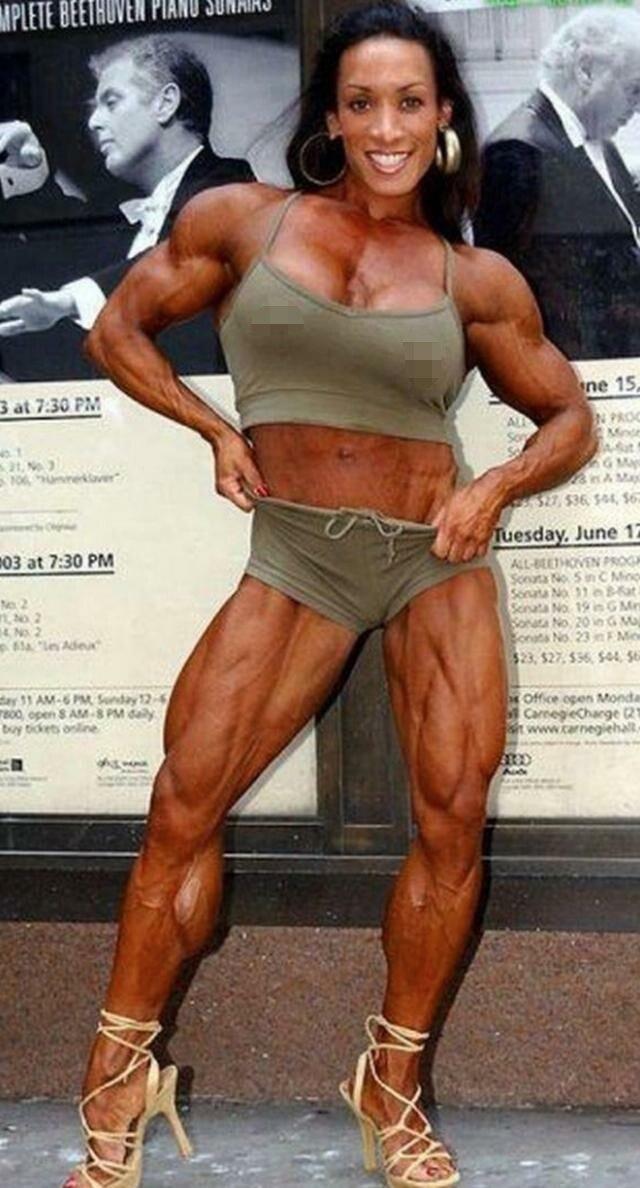 健美肌肉女写真_如果爱人也变成这样健美肌肉女 那会是一种什么的体验