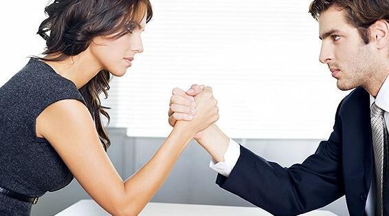 女性如何应对职场潜规则?