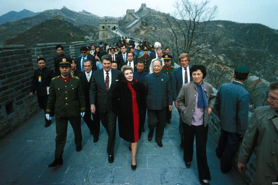 特朗普将访华 回顾历任美国总统夫妇中国行
