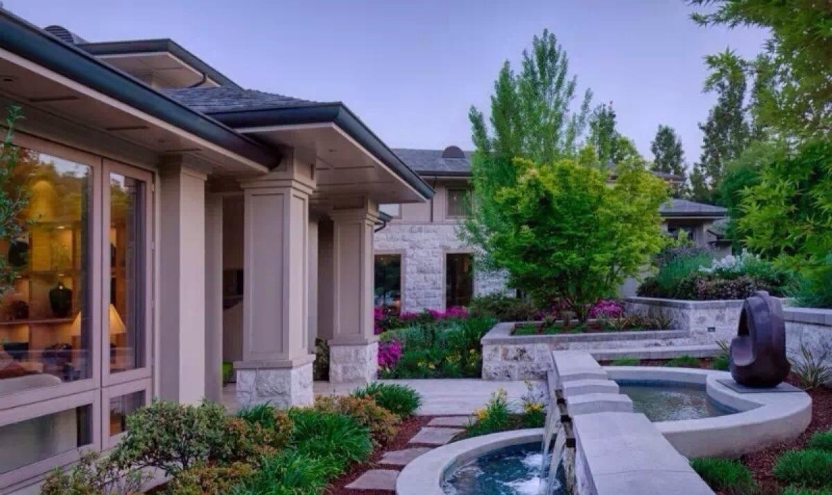 别墅庭院设计环境一般的农村v别墅庭院都看看别墅范围和公共别墅两绿地包含私人
