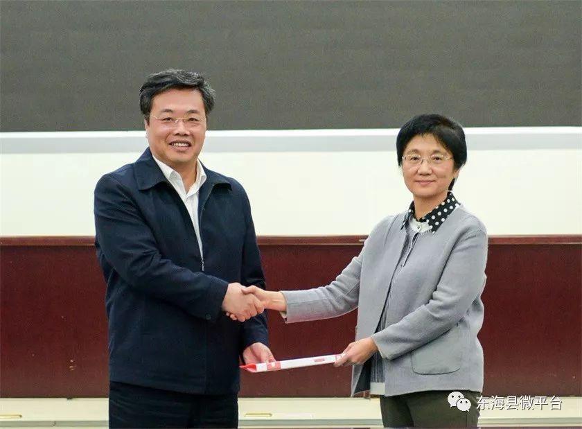 巴菲特说:未来中国最赚钱的行业是这五个,谁抓住谁成功!