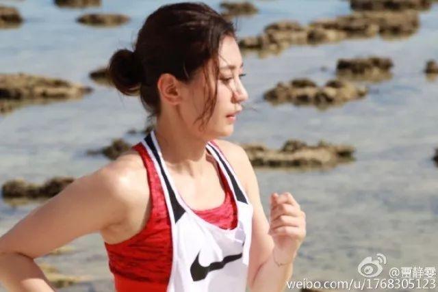 武僧一龙跨界挑战2米18的崔洪万, 网友: 一龙翻身的机会来了