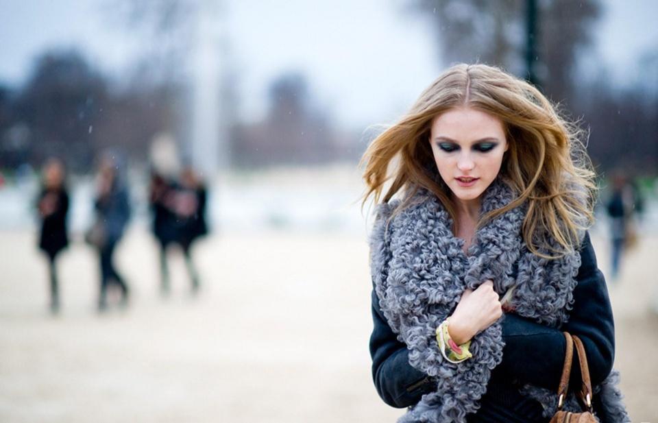 俄罗斯女模特:国内竞争太大,来中国500美元月薪也甘愿