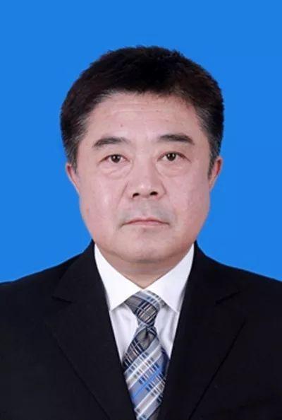 省委组织部公示42名拟任领导职务人选,其中17人拟提名为副市长人选