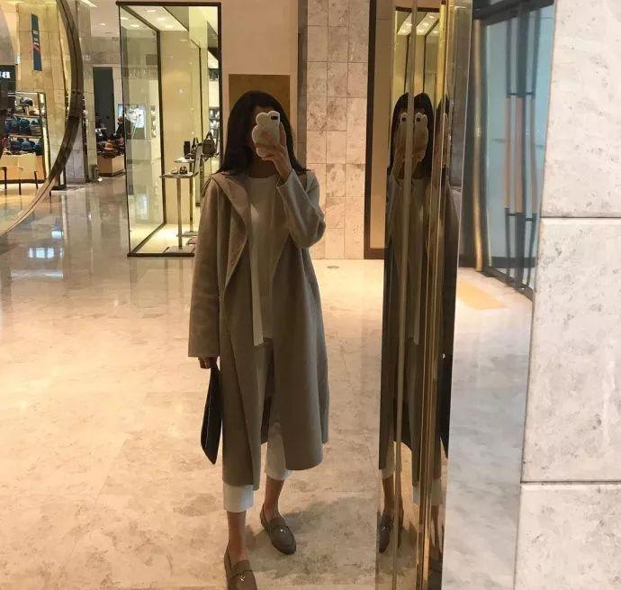 与黄晓明相恋5年, 遭渣男导演欺骗, 承认整容今37岁再次走红
