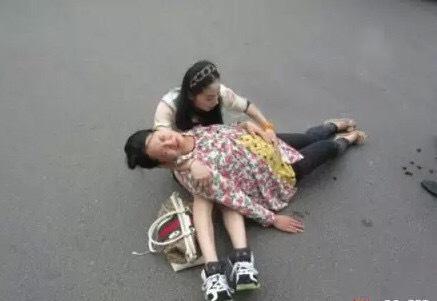 """中国女兵入伍前都要做这些检查? 第一项有点""""难为情""""?"""