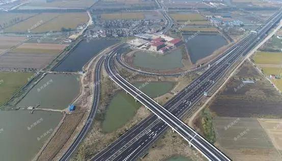 泰州大桥通车时间_泰州至兴化高速本月开通!从里下河到扬子江,一个