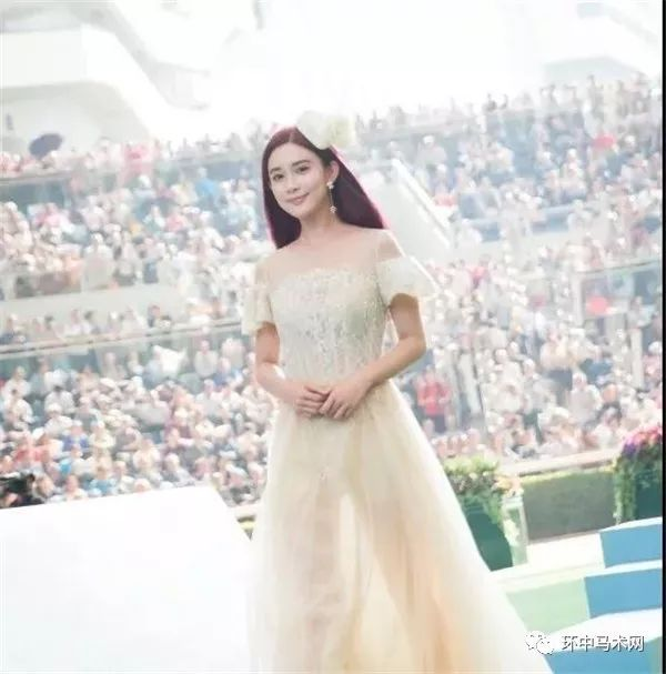 莎莎婚纱模特网红照片