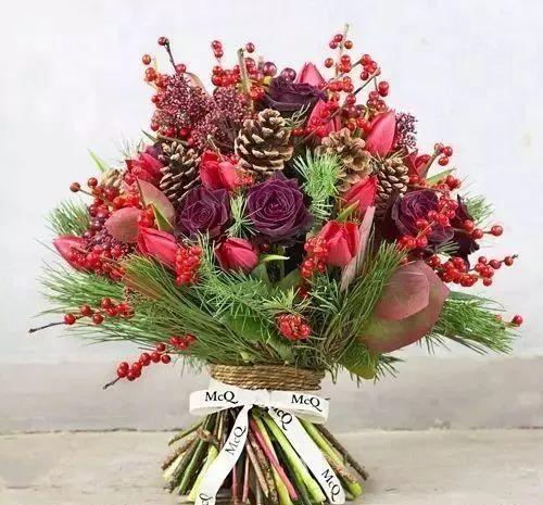 最适合冬季的手捧花,拿着图片去花店配吧