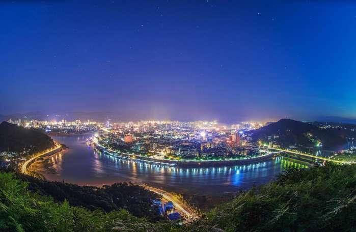 道县gdp_十二五 规划纲要发布 2015年湖南省GDP将达2.5万亿元(3)