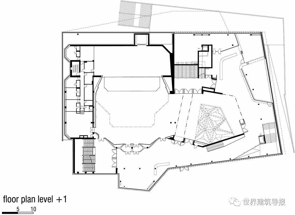 广州西塔首层平面图