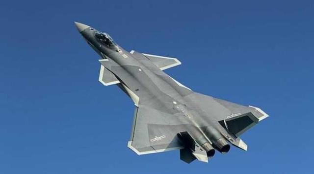军事 正文  中国j20于2011年1月11号首飞,目前也是世界第二款服役的