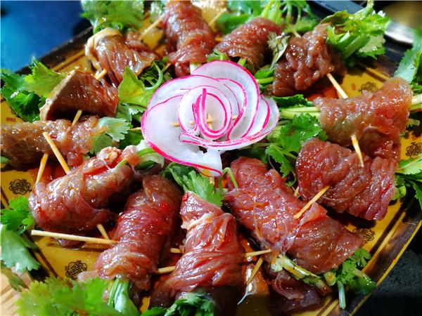 四季火锅有两样特色菜品深受欢迎