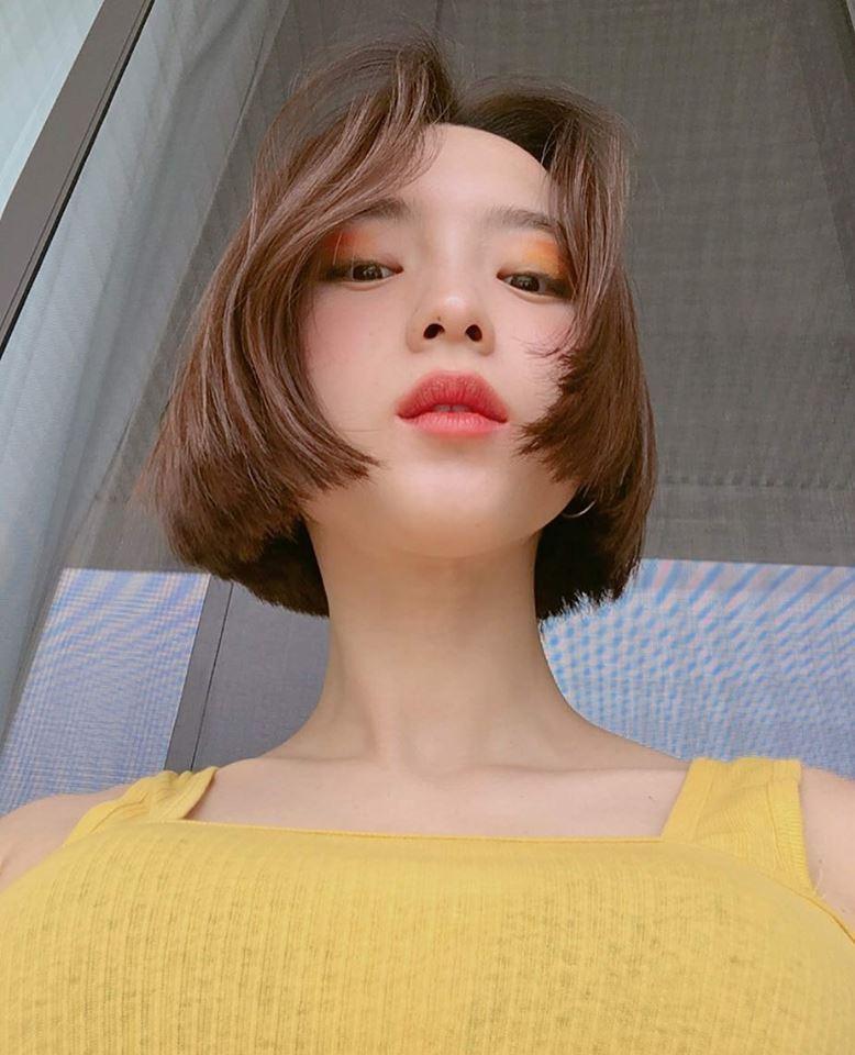 美女,短头发造型,时尚发型,今年流行发型