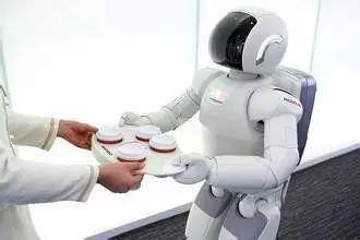 五,机器人 生活:任劳任怨做家务