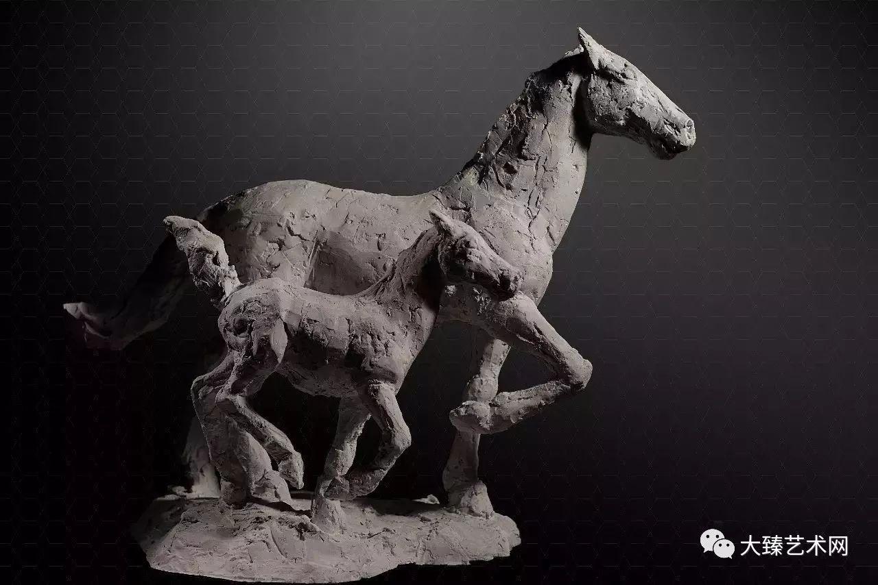 2004年 安放于北京朝阳公园国际名人雕塑园 ▲《森林守护神-虎》 1300