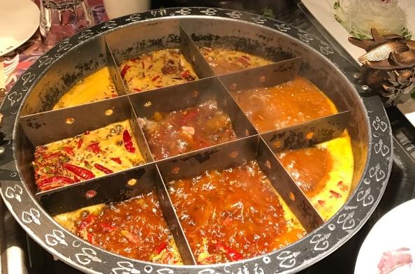 正的重庆火锅底料炒制