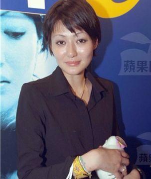 香港最后一位电影全才,女儿跳楼自杀后身患癌症,如今瘦成皮包骨