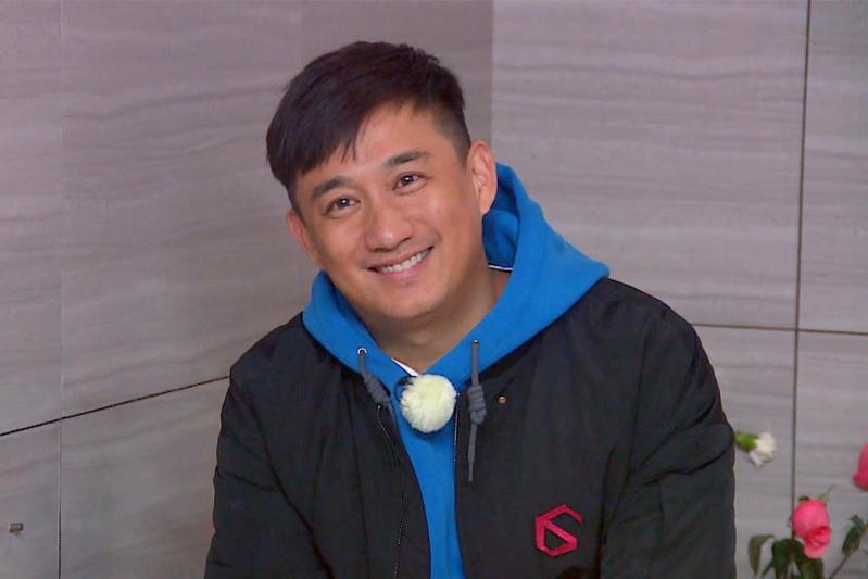 黄晓明/黄磊完全领导了中产阶段成功人生的标配——儿女双全、囿于厨房...