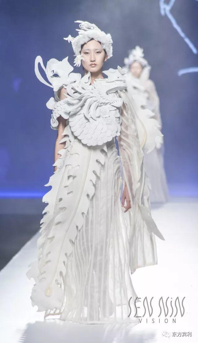 广州时尚周| 旅法著名造型服装设计师许茗发布