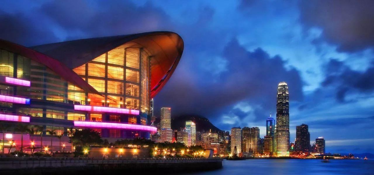 巴曙松:香港金融市场需要寻找新动力