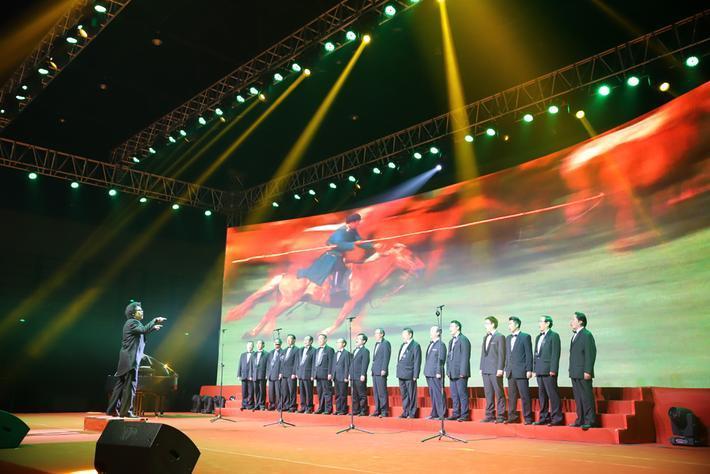男声合唱《蒙古人》