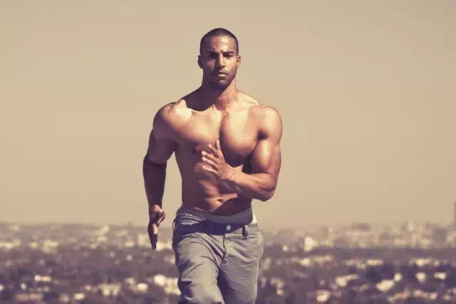 轻重量,高次数,能减脂?能清晰肌肉线条?答案是:NO!