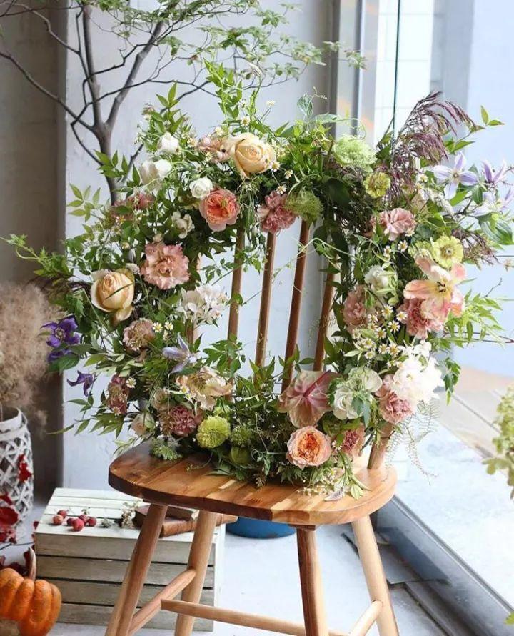 无论是作为花店橱窗的装饰,还是节庆日的布置都是一款很适用的产品噢!图片