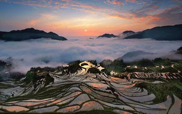 山有多高,水有多高,雕刻在哀牢山的奇观将迎来最迷人时刻