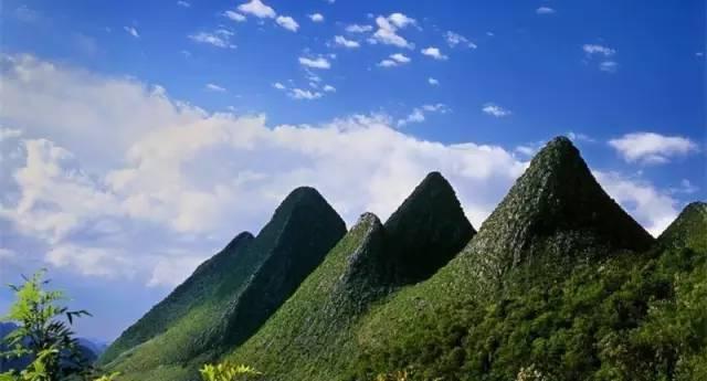 她充满神秘 曾被人遗忘 却藏着瑰丽绝美的山峰