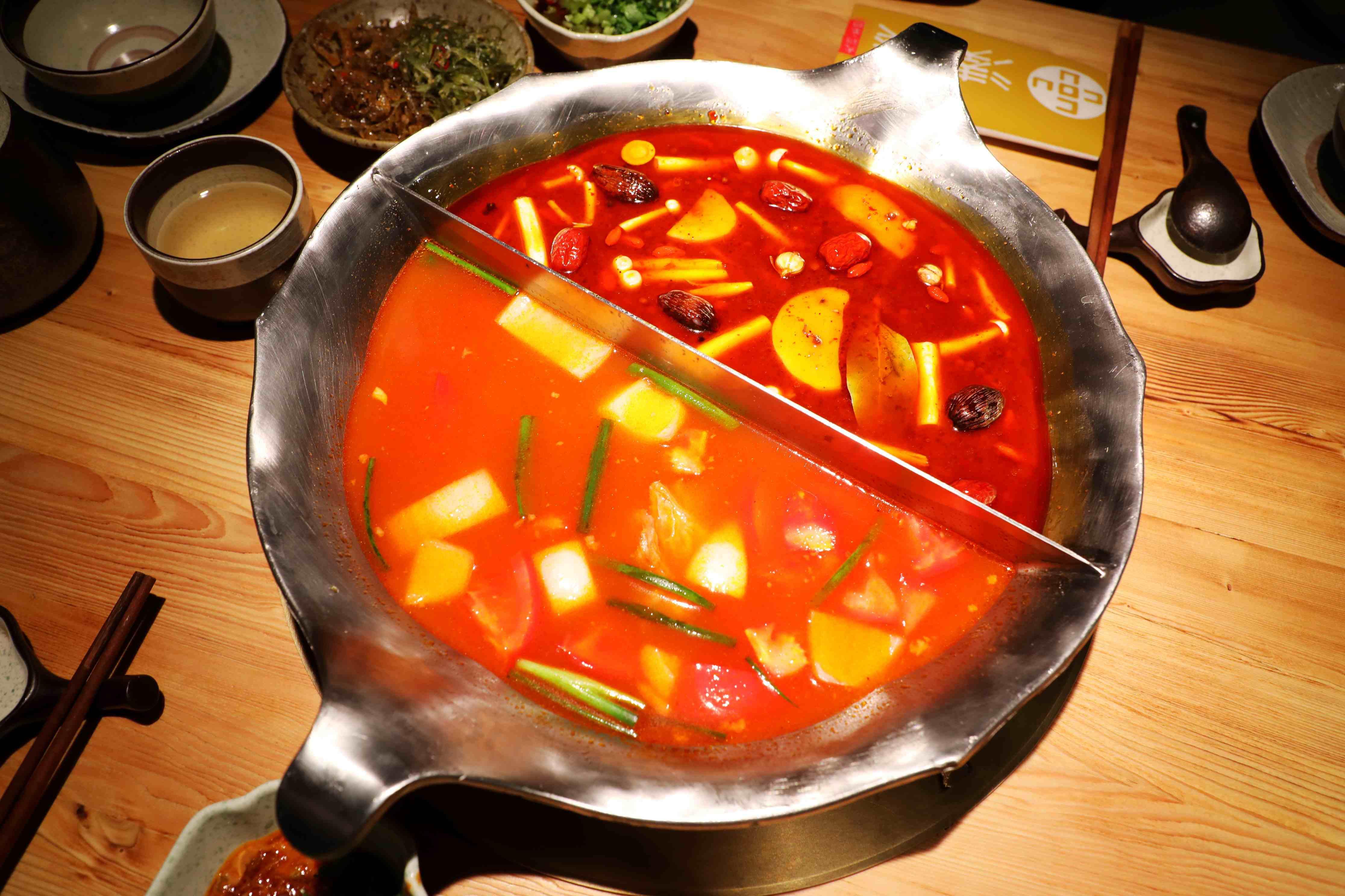 「杭州故事v故事」呷哺流程倾力打造的杭州网红凑凑美食来台湾了集团提放法火锅图片