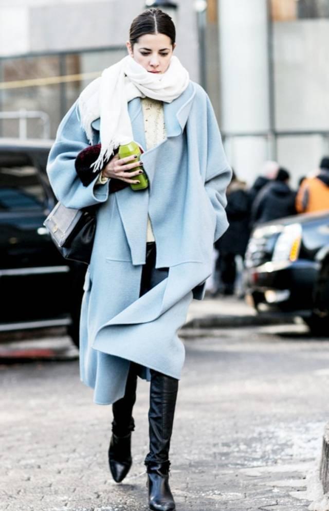 ◆ 亮色围巾+大衣图片