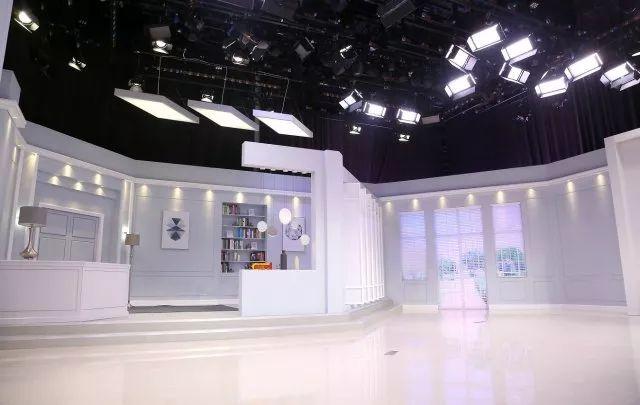 疯狂演播室01_【东方购物】全新亮相丨b演播室改造工程全面完成