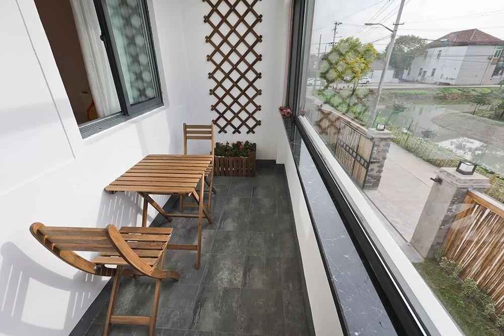 △ 还可以坐在阳台上晒太阳图片