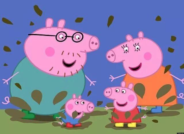 看动画片学猪叫,跳泥坑,《小猪佩奇》有错吗?
