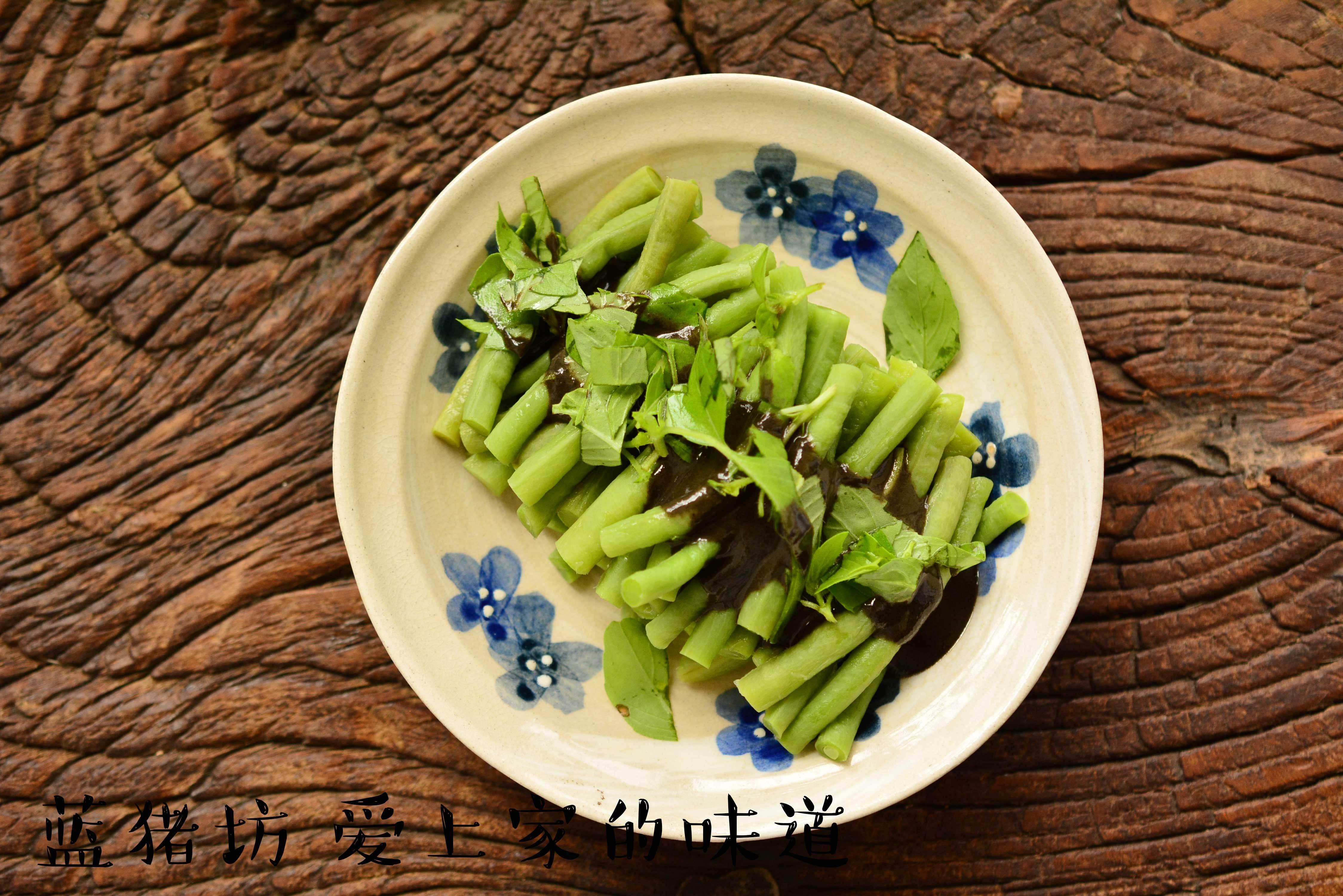 老北京的芝麻酱情结——用它拌尽天下一切 - 蓝冰滢 - 蓝猪坊 创意美食工作室