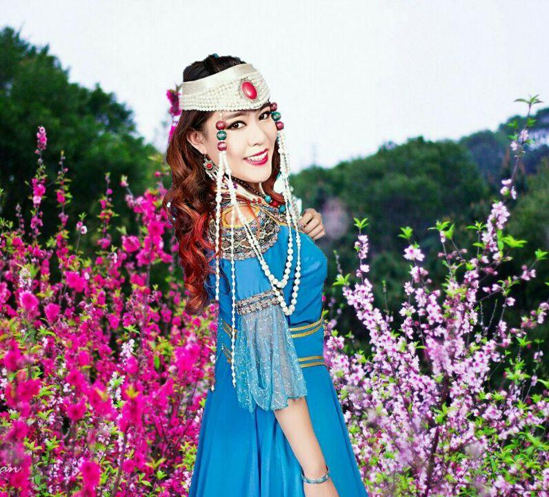 蒙古甜女:《放飞中国梦》唱响三届全球大和平经贸论坛