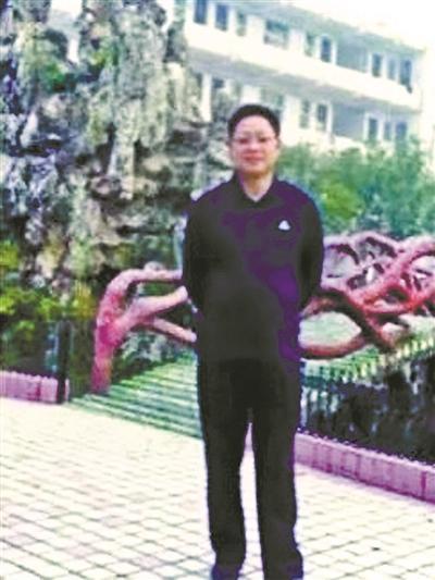 湖南益阳警方:沅江刺死班主任高三学生涉故意杀人罪被刑拘
