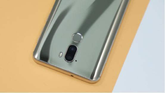 虹软算法加持,这些手机都是真正的美颜神器