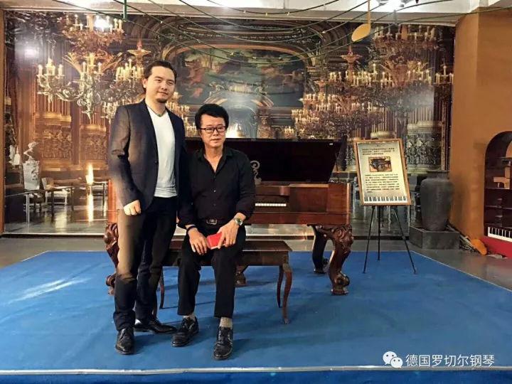 欧美人体艺术黄_厦门鼓浪屿钢琴艺术馆发现百年历史m.f.rachals德国
