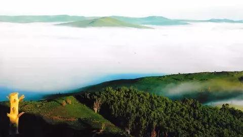 这趟专列!开往中国绝美的边陲小镇,人少景美!
