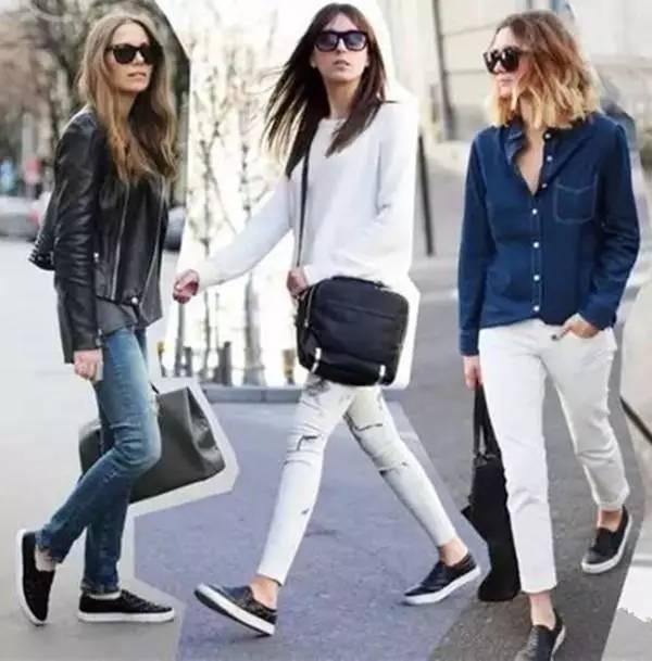 经典的紧身裤,搭配一双平底鞋,会让你看上去