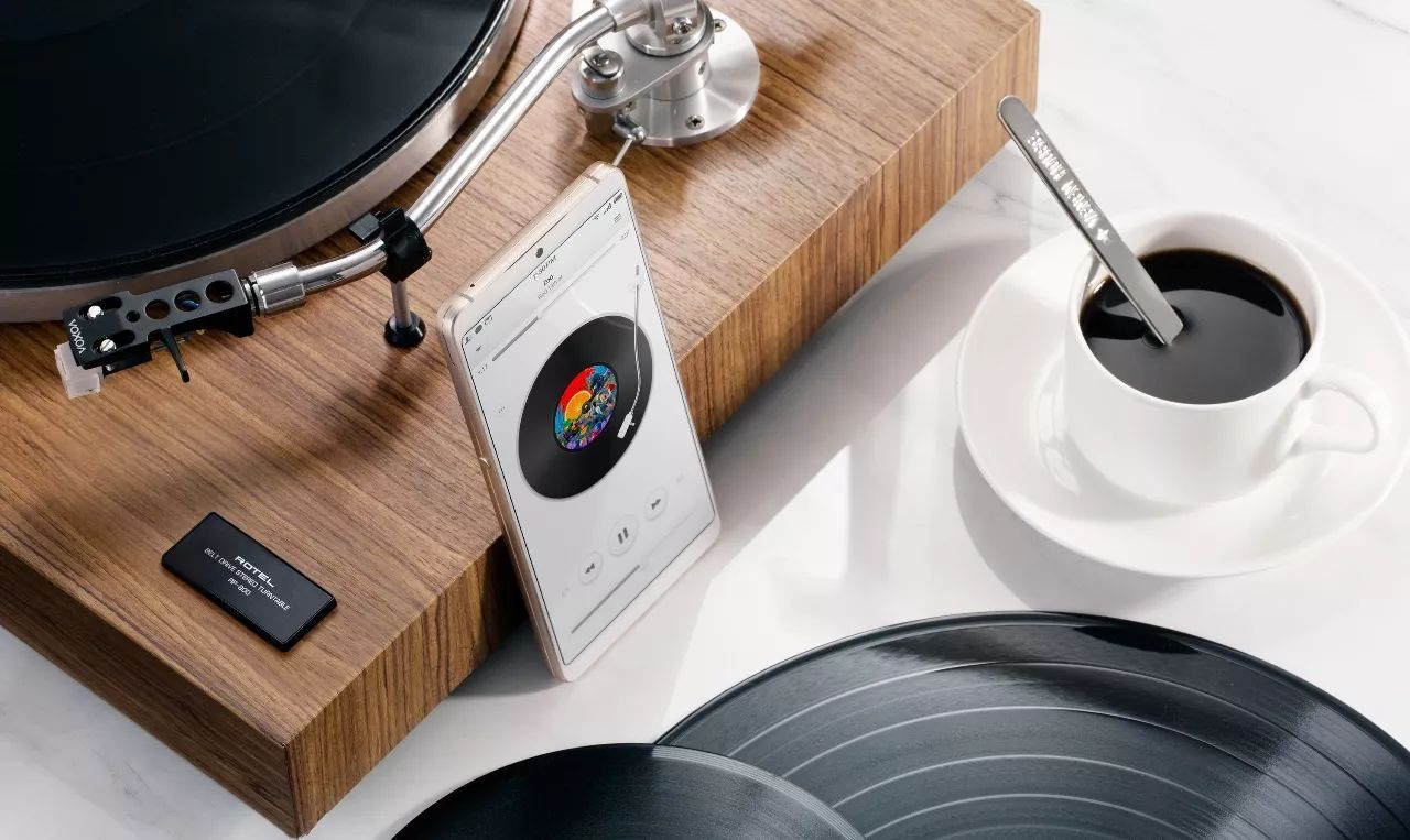 关于坚果 Pro 2,听听科技媒体如何评价它