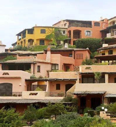 撒丁岛:悬崖上的城市,遗世独立的隐匿天堂