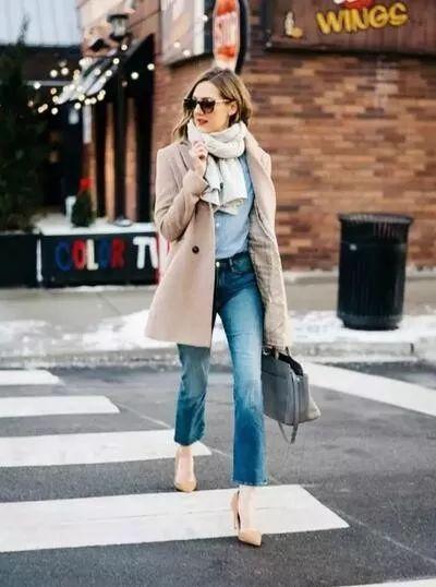 试试秋冬新款毛衣优雅美嫩更显洋气穿出高贵美